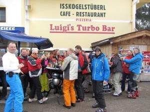 skiclubreizen_apres_ski_buiten